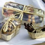Scorze di arancia candite e cioccolatini in vaschette in legno Tom pouce