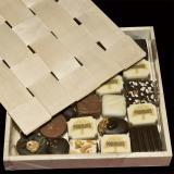 Scatola cofanetto per cioccolatini con coperchio
